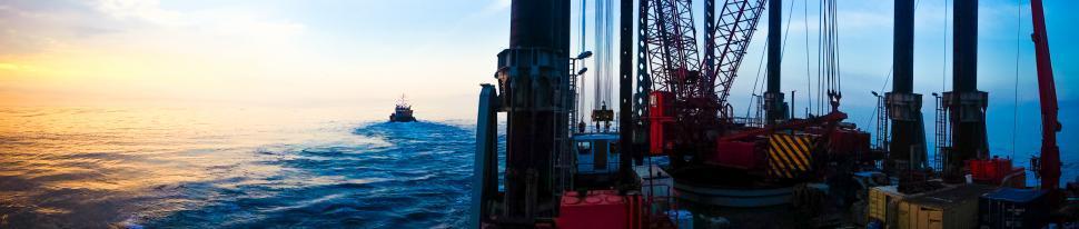 Download Free Stock HD Photo of oil platform Online
