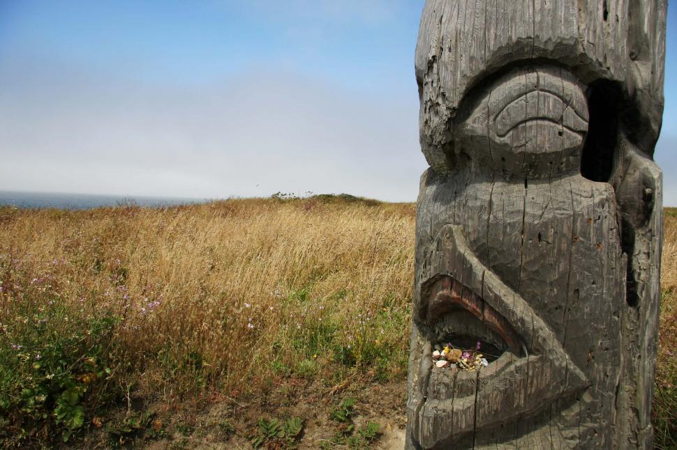 Download Free Stock Photo of Carved totem pole