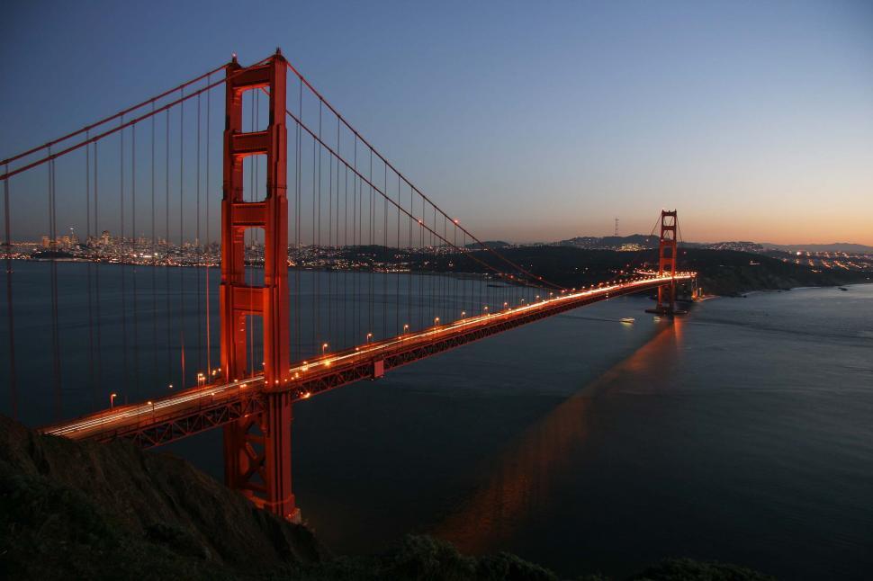 Download Free Stock Photo of Iconic Golden Gate Bridge