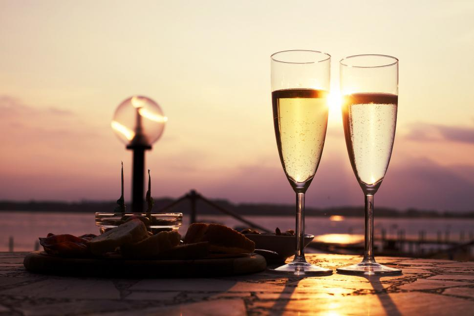 Download Free Stock HD Photo of Shining sun and champagne glasses Online