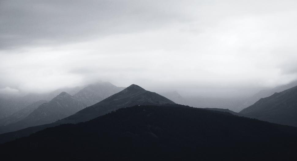 Download Free Stock HD Photo of Grey and white clouds Online