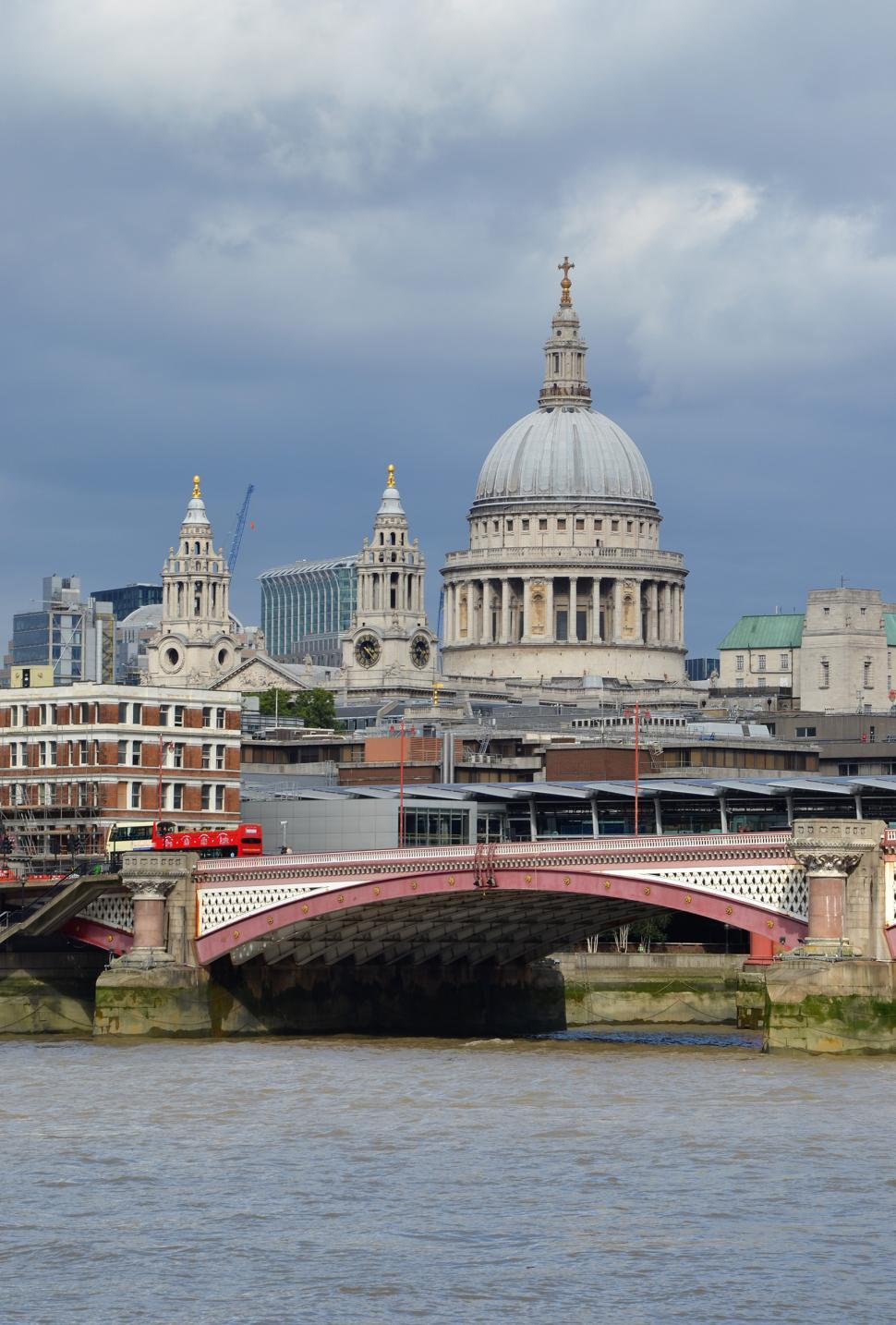Download Free Stock Photo of St Paul's Cathedral