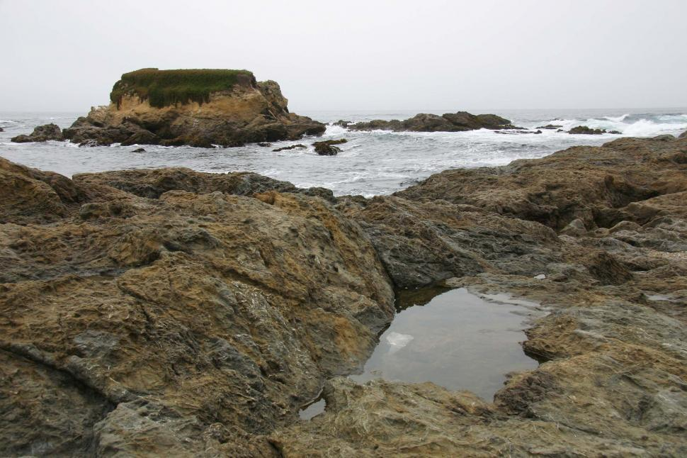Download Free Stock Photo of Rocky Northern California beach