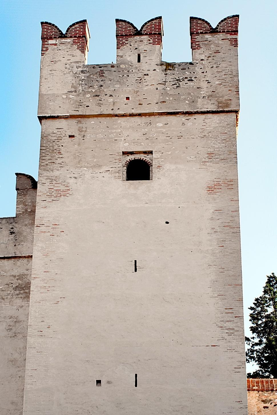 Download Free Stock Photo of Sirmione castle