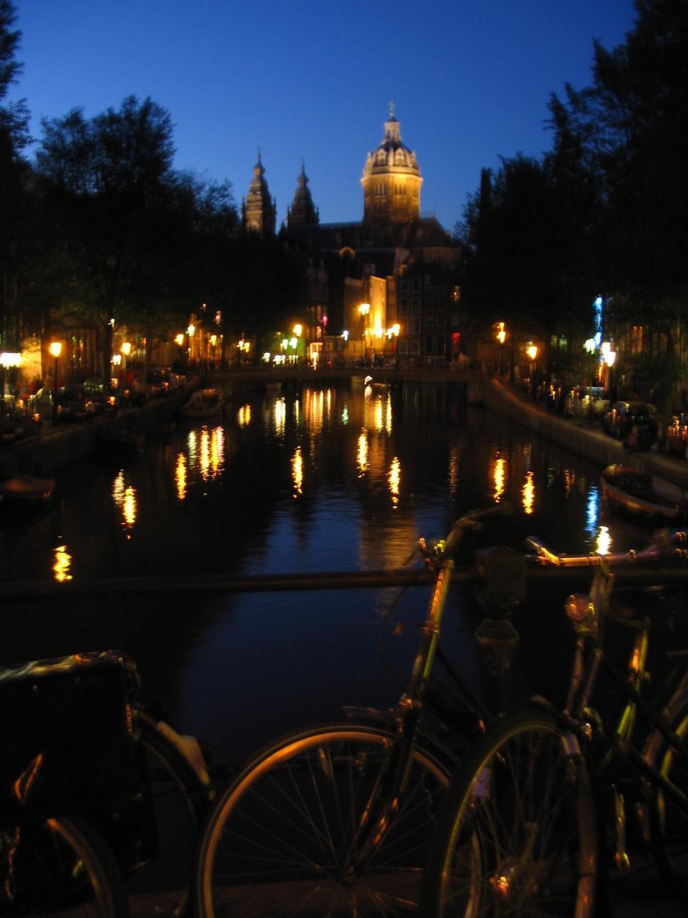 Download Free Stock Photo of Paris at night