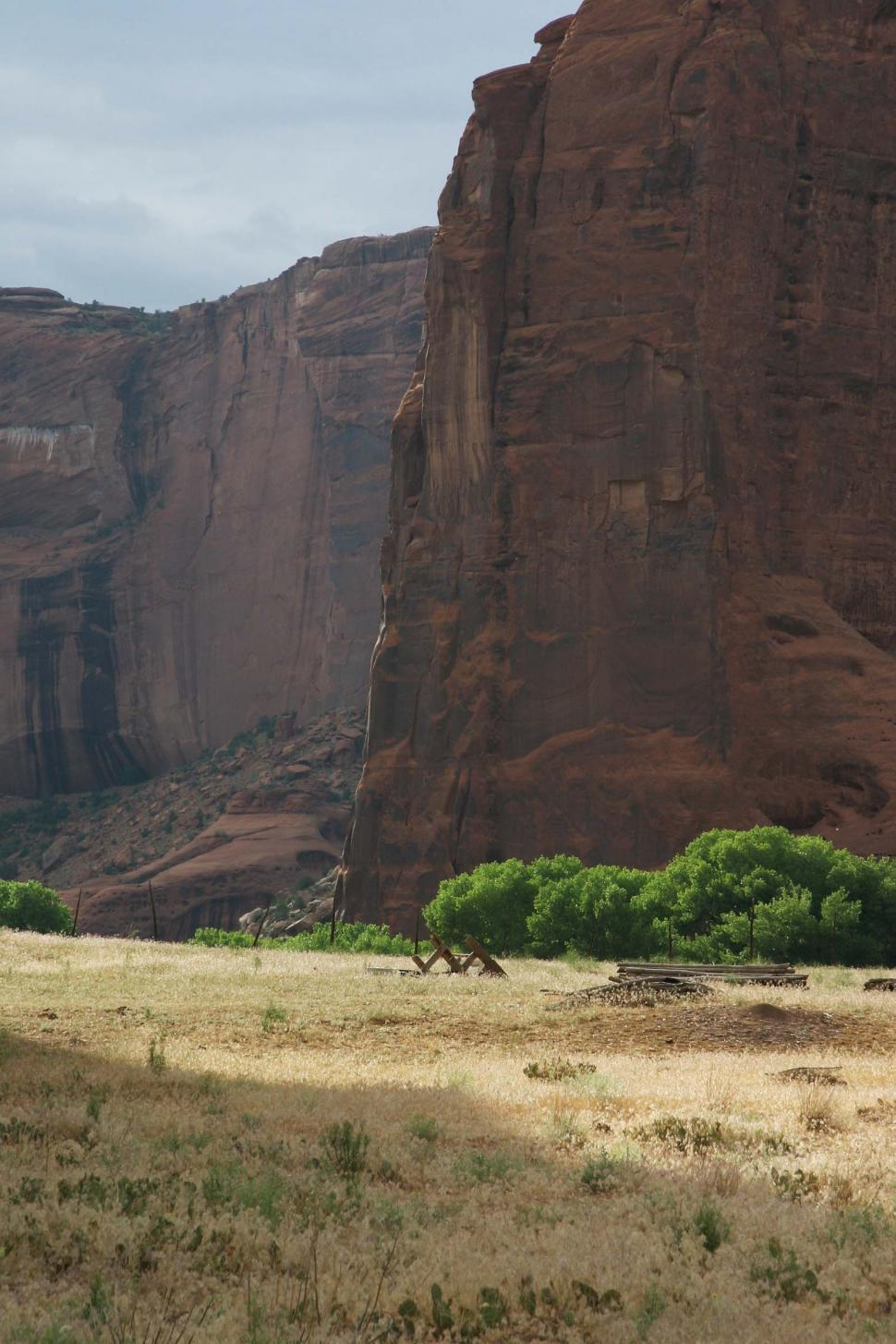 Download Free Stock Photo of cliff cliffs canyon de chelly chelly canyon de arizona indian native american monument national navajo southwest field grasslands pasture fence barbed wire floor landscape beautiful dramatic
