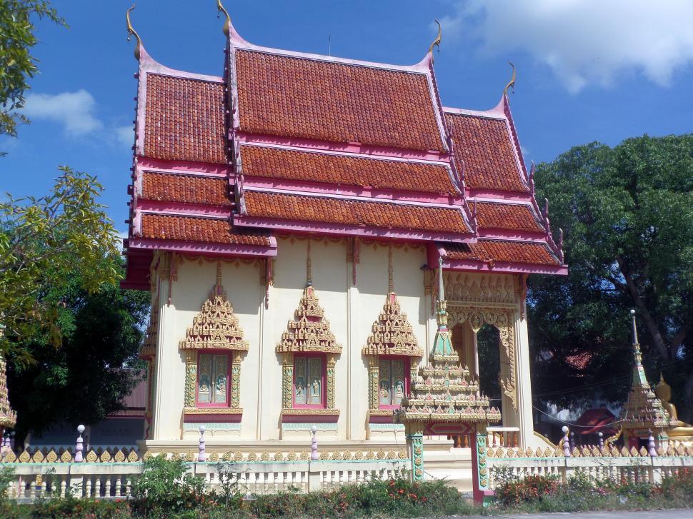 Download Free Stock Photo of KukasinghThai Buddhist temple