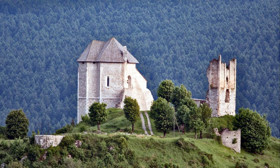 Download Free Stock HD Photo of Old castle Online