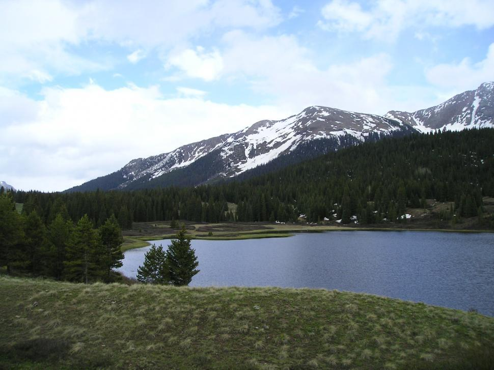 Download Free Stock HD Photo of Lake in the Mountains in Colorado Online