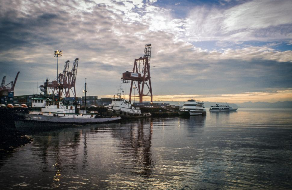 Download Free Stock HD Photo of Seaport in Seattle Online