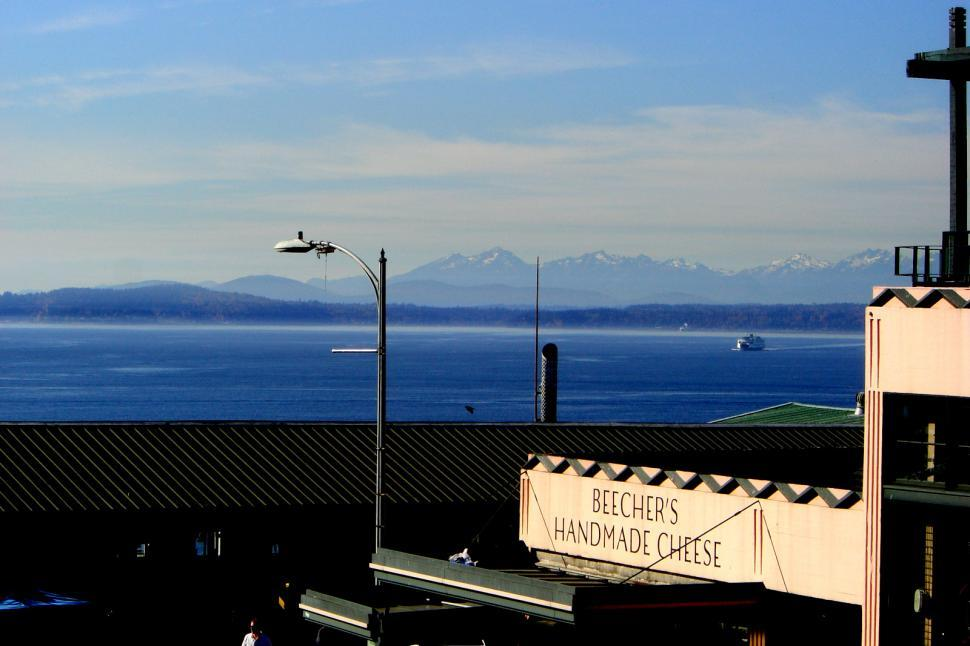 Download Free Stock HD Photo of Seattle bay from Pike Street Park Online