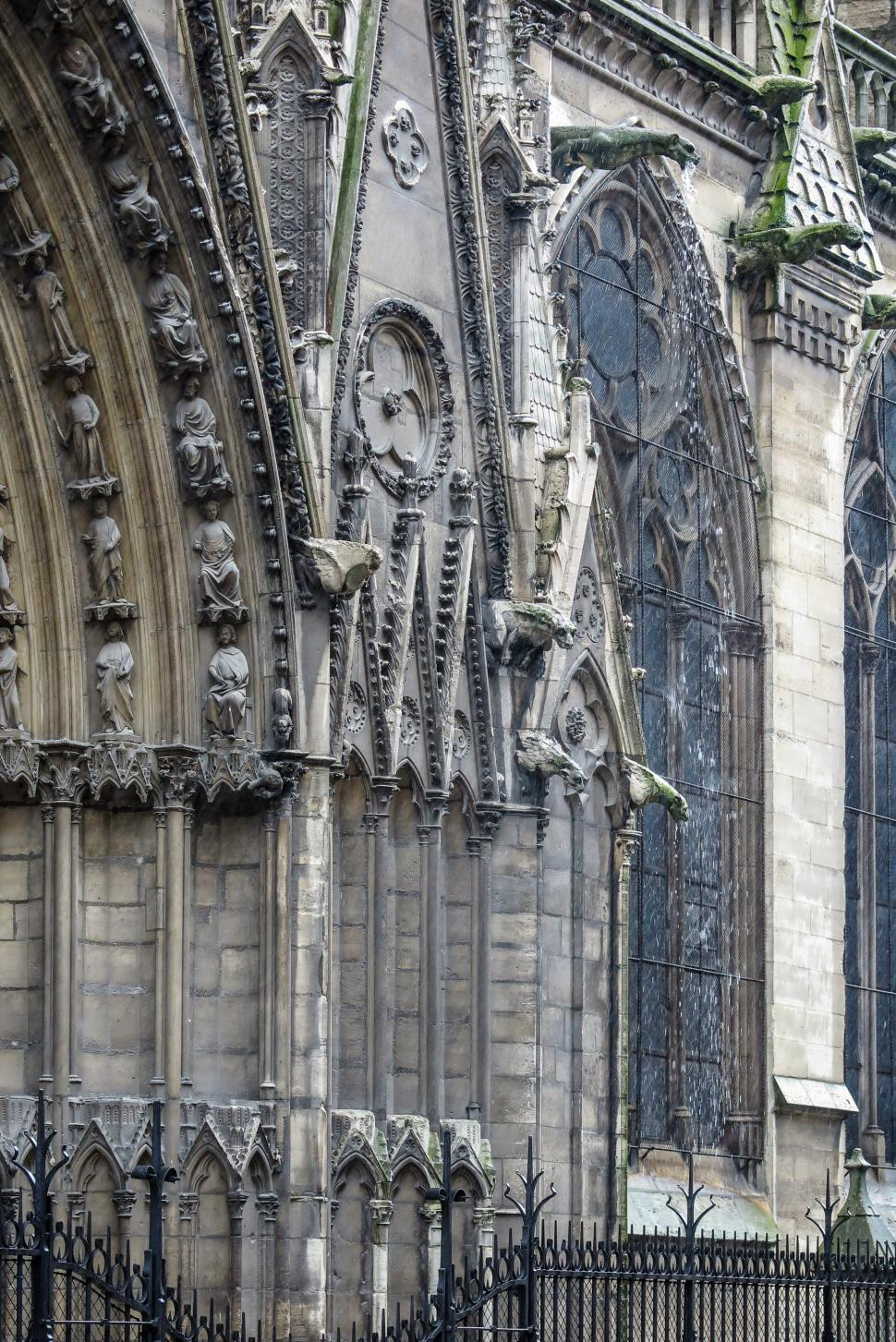 Download Free Stock HD Photo of Norte Dame windows Online
