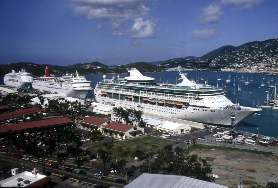 Download Free Stock Photo of Cruise ships