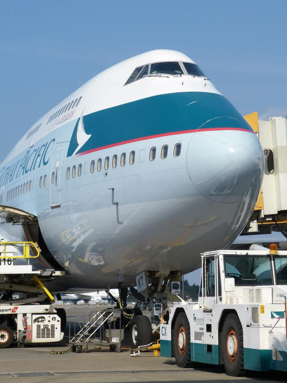 Download Free Stock HD Photo of Airport 747 Online