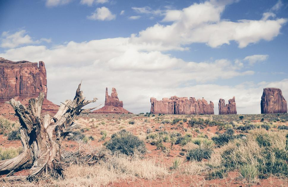 Download Free Stock Photo of Monument Valley
