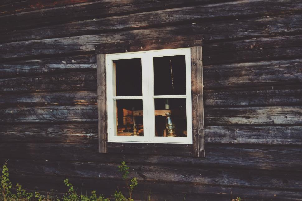 Download Free Stock Photo of buildings, window,  framework,  door,  mobile home,  architecture,  structure,  housing,  supporting structure,  trailer,  building,  house,  screen,  wall,  home,  old